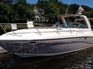 Used Rinker 312 Fiesta Vee Sports Cruiser Boat For Sale