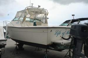 Used Pursuit 2655 Express Cuddy Cabin Boat For Sale