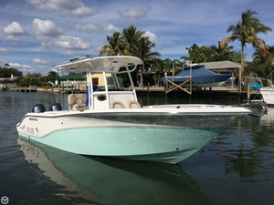 Used Sea Fox 256 Commander Center Console. Center Console Fishing Boat For Sale