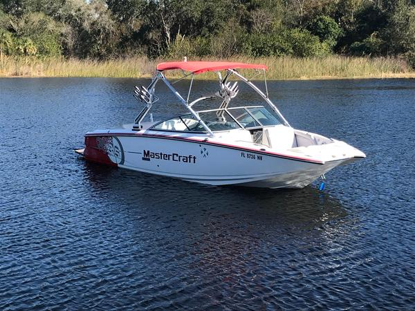 Used Mastercraft X-35 Runabout Boat For Sale