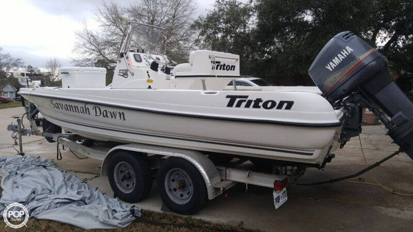 Used Triton 220 LTS Bay Boat For Sale