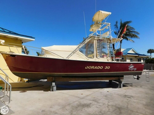 Used Dorado 30 Center Console Fishing Boat For Sale