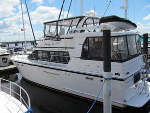 Used Jefferson Rivanna Motor Yacht For Sale