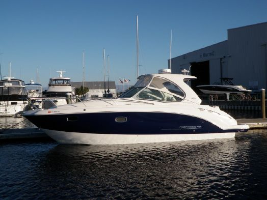 Used Chaparral 330 Signature Series Cruiser Boat For Sale