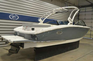 New Cobalt Boats CS 3 Bowrider Boat For Sale