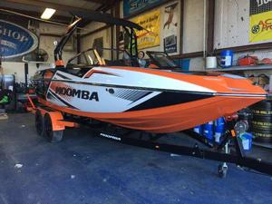 New Moomba Mojo Pro Ski and Wakeboard Boat For Sale
