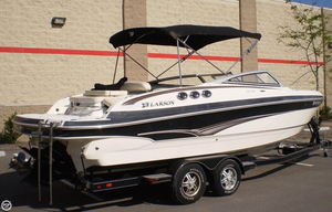 Used Larson LXI 258 Bowrider Boat For Sale