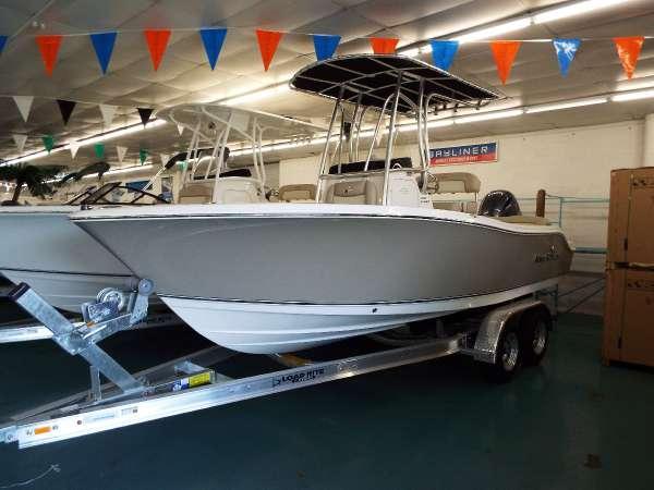 New Nauticstar Center Console Fishing Boat For Sale