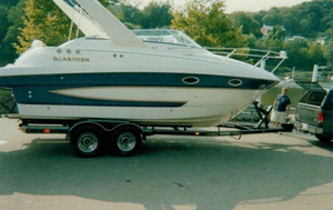 Used Glastron 269 GS (SRG)269 GS (SRG) Express Cruiser Boat For Sale
