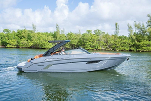 Used Cruisers Yachts 328 Cruiser Boat For Sale
