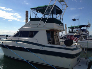 Used Cruisers Yachts 3380 Esprit Express Cruiser Boat For Sale