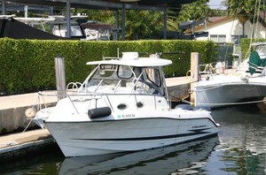 Used Hydra-Sports Vector 2800 Wa Cruiser Boat For Sale