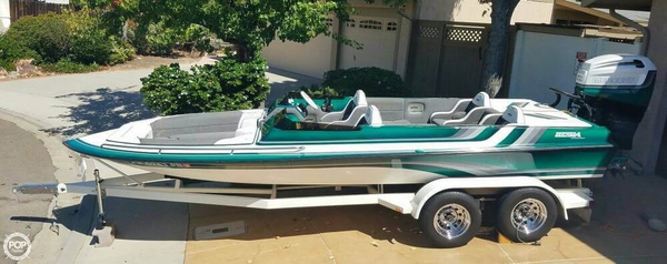 Used Ultra LX High Performance Boat For Sale