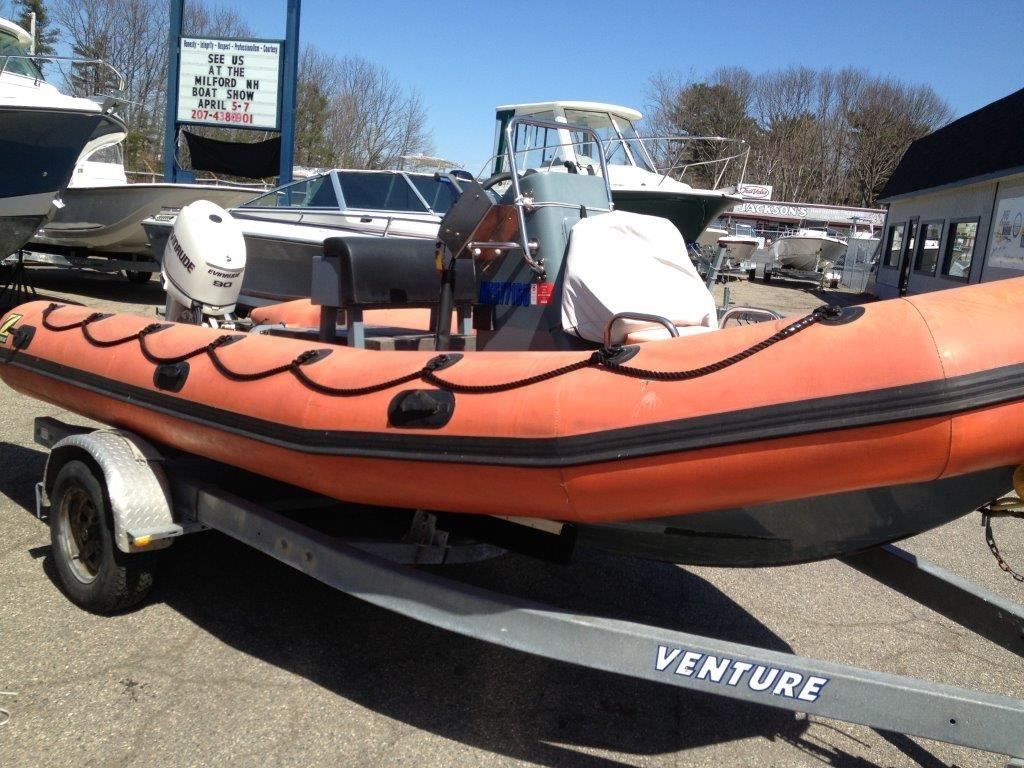 2005 used zodiac 18 39 550 srmn center console fishing boat for Fishing boat dealers near me
