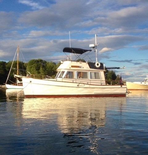 Used Grand Banks GB 32 Sedan Other Boat For Sale