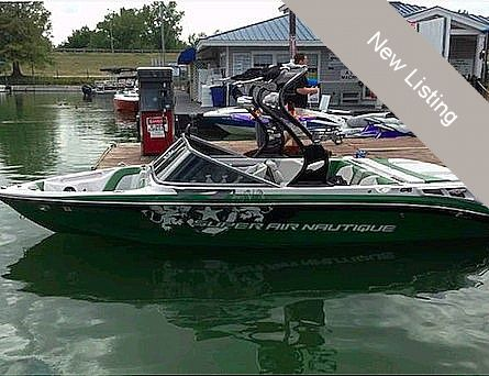Used Correct Craft 210 Super Air Team Edition Ski and Wakeboard Boat For Sale