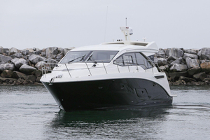 New Sea Ray Motor Yacht For Sale