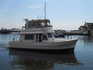 Used Mainship 400 Trawler Boat For Sale