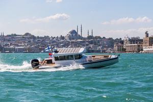 New Axopar 28 C Bowrider Boat For Sale