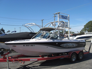 Used Nautique Super Air Nautique 210 Ski and Wakeboard Boat For Sale
