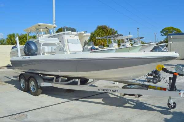 New Skeeter SX-210 Saltwater Fishing Boat For Sale