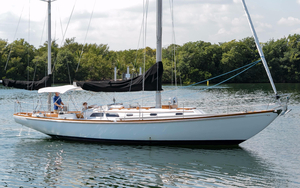 Used Hinckley Bermuda 40 MKIII Yawl Sailboat For Sale