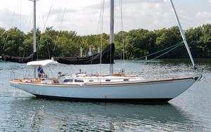 Used Hinckley Bermuda 40 Yawl Sailboat For Sale