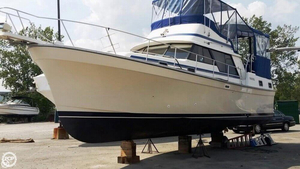 Used Mainship 36 Cruiser Boat For Sale
