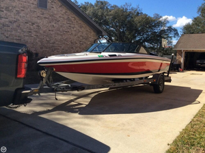 Used Supra Legacy 22 Ski and Wakeboard Boat For Sale