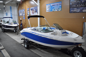 New Chaparral 19 H2O Sport Other Boat For Sale