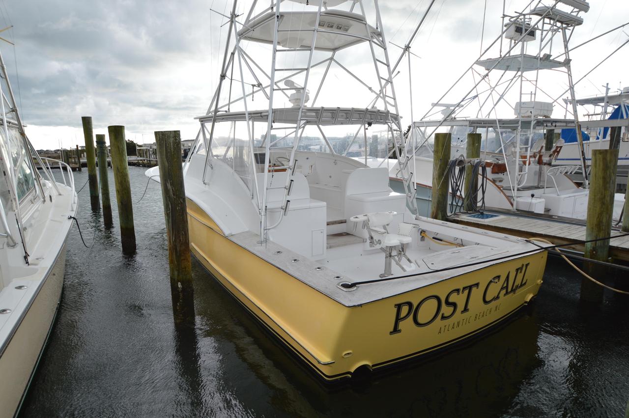 2006 used custom carolina express sports fishing boat for for Express fishing boats for sale