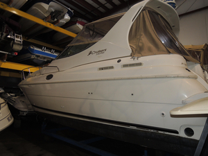Used Cruisers Yachts 3075 Rogue Cruiser Boat For Sale