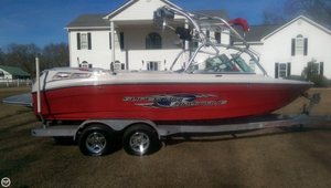 Used Correct Craft Super Air Nautique 220 Ski and Wakeboard Boat For Sale