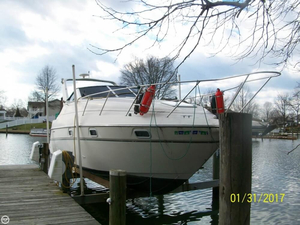Used Maxum 2700 SRC Express Cruiser Boat For Sale