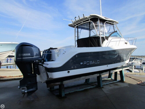 Used Robalo R245 Walkaround Fishing Boat For Sale