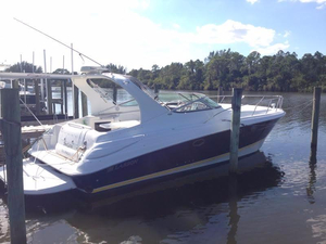 Used Larson Cabrio 37 Express Cruiser Boat For Sale