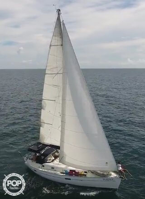 Used Beneteau 361 Racer and Cruiser Sailboat For Sale