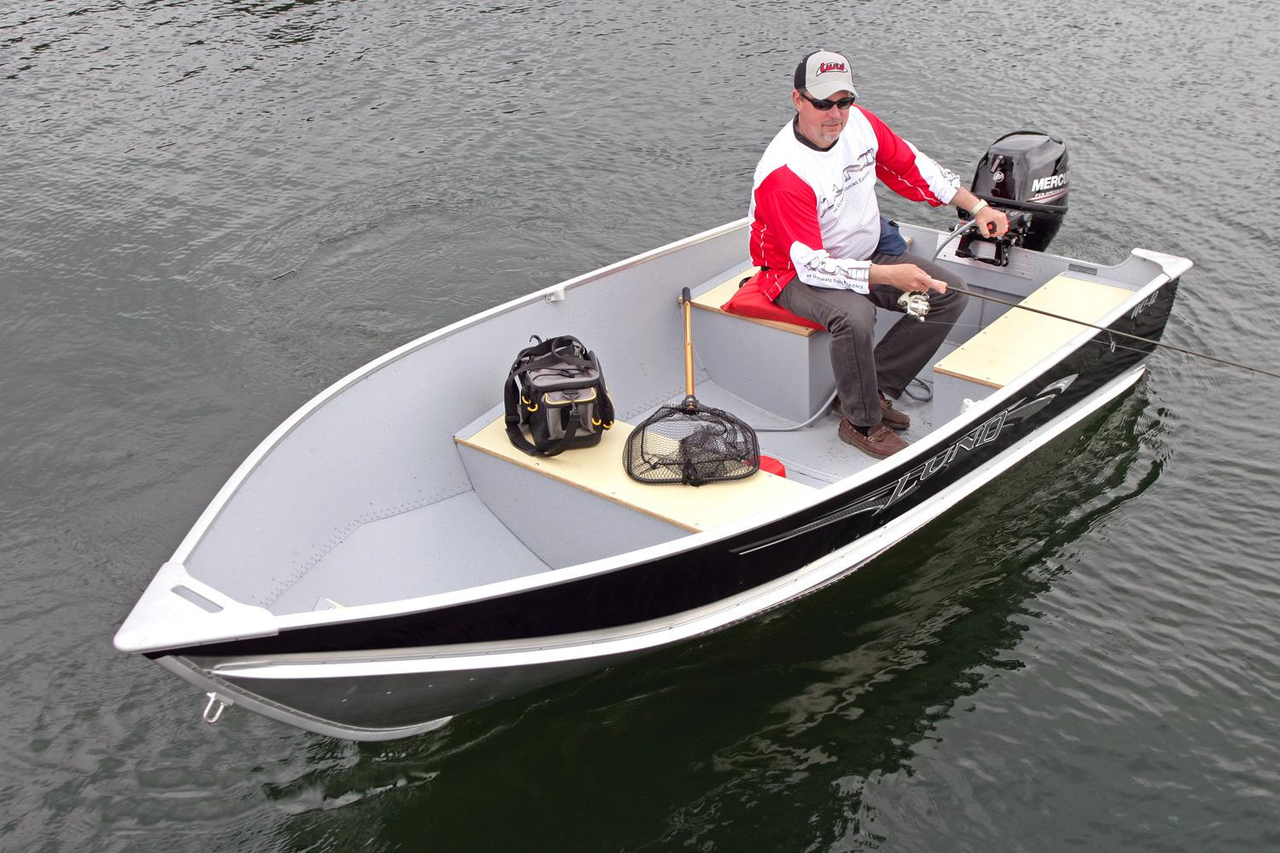 2017 new lund wc 12 tiller utility boat for sale for Best outboard motor 2017