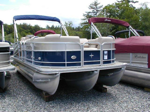 New Berkshire 23CL4G STS Pontoon Boat For Sale