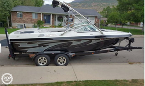 Used Mb Sports B52 V TEAM/SK Ski and Wakeboard Boat For Sale