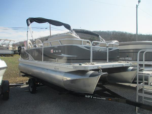 Used Quest 7518LS Aft Cabin Boat For Sale