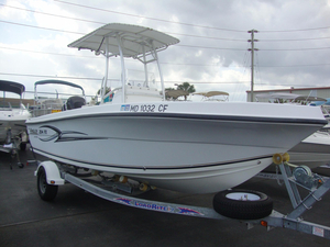 Used Angler 204 FX Center Console Fishing Boat For Sale