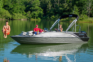 New Lowe Deck Boat For Sale