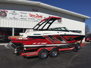 New Monterey M4 Bowrider Boat For Sale
