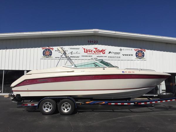 Used Regal 8.3 SV Ventura Bowrider Boat For Sale
