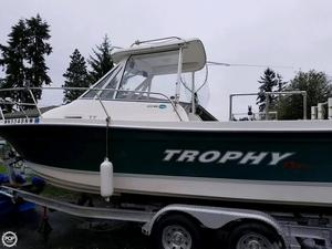 Used Trophy Pro 2052 WA Walkaround Fishing Boat For Sale