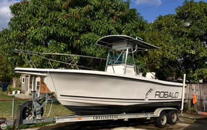 Used Robalo 2320 Center Console Fishing Boat For Sale