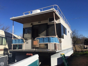 Used Custom 32 x 12 House Boat For Sale