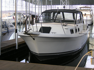 Used Carver Yachts Riviera Aft Cabin 2807 Aft Cabin Boat For Sale
