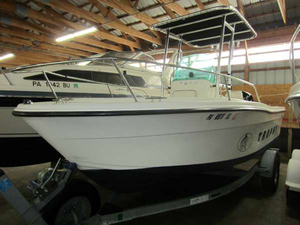 Used Trophy 19CC Center Console Fishing Boat For Sale